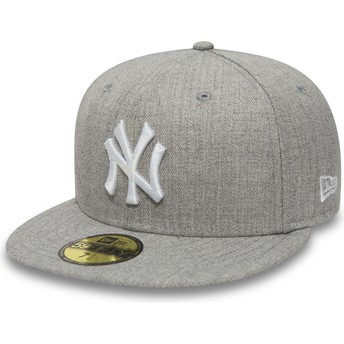 New Era Flat Brim 59FIFTY Essential New York Yankees MLB Grey Fitted Cap