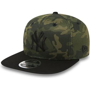 New Era Flat Brim Black Logo 9FIFTY Mesh Overlay New York Yankees MLB Camouflage Snapback Cap with Black Visor