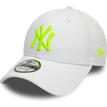 New Era Curved Brim Green Logo 9FORTY League Essential Neon New York Yankees MLB White Adjustable Cap