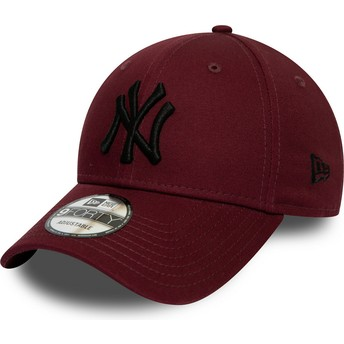 New Era Curved Brim Black Logo 9FORTY League Essential New York Yankees MLB Maroon Adjustable Cap