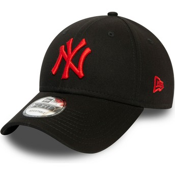 New Era Curved Brim Red Logo 9FORTY League Essential New York Yankees MLB Black Adjustable Cap