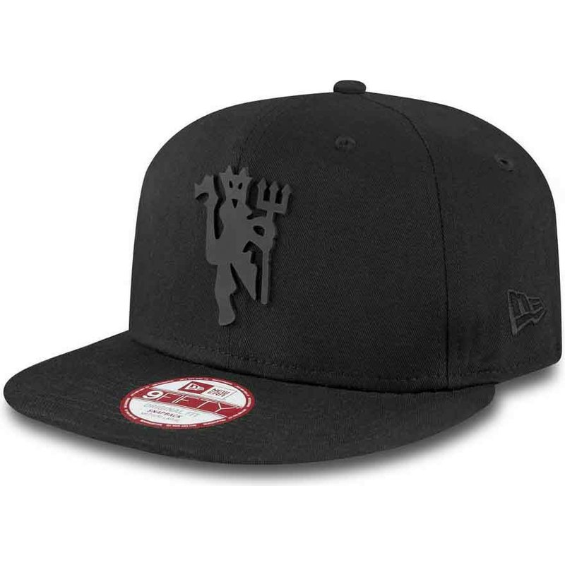 new-era-flat-brim-9fifty-black-on-black-manchester-united-football-club-black-snapback-cap